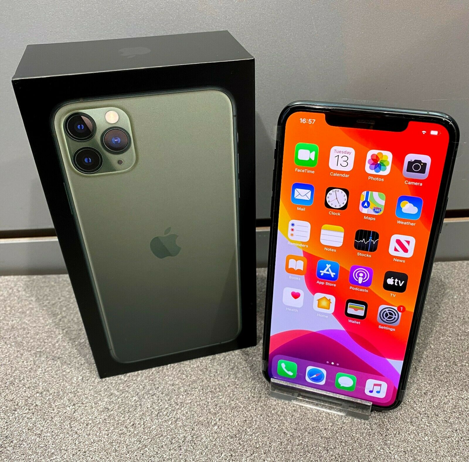 Brand New Factory Unlocked Apple iPhone 11&12 Pro Max 256GB