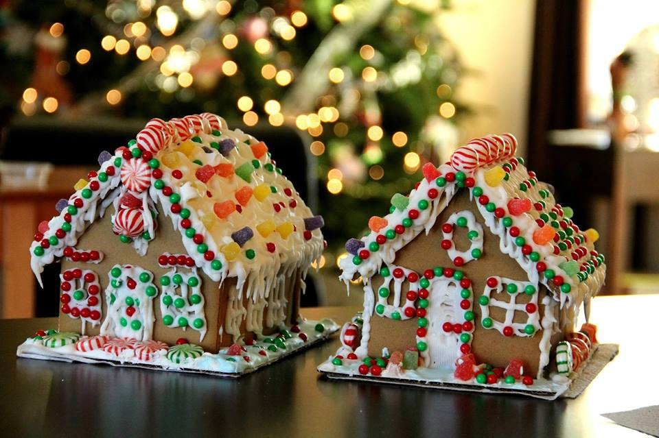 Decorate a Ginger Bread House